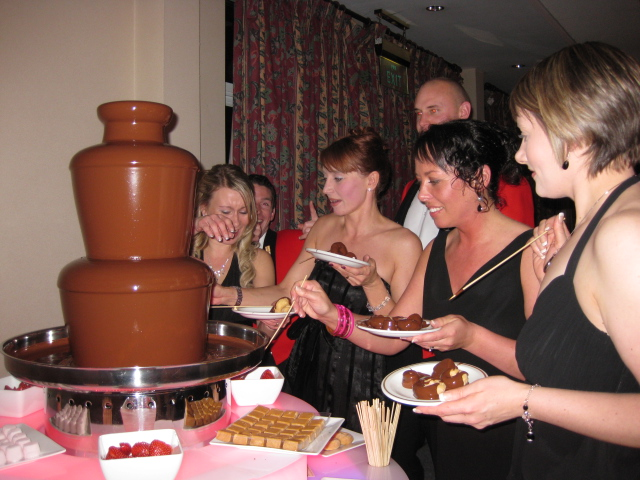 army_chocolate_fondue_hire