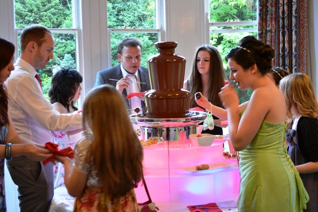 BIRTHDAY CHOCOLATE FOUNTAIN FONDUE WEDDING CHOCOLATE FOUNTAIN HIRE CHELTENHAM