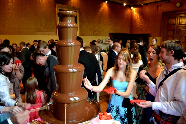 WEDDING CHOCOLATE FOUNTAIN FONDUE CIRENCESTER